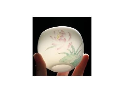德化白瓷羊脂玉手绘荷花个人杯 茶杯