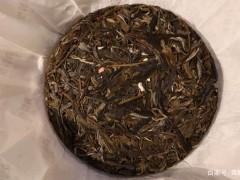 普洱茶长期存放,为什么要选择饼茶?